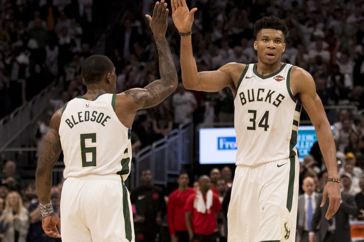 eric-bledsoe-giannis-antetokounmpo-milwaukee-bucks-nba