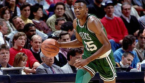 reggie-lewis-osam-nba-igraca-koji-su-preminuli-na-vrhuncu-karijere-8-nba-players-that-died-in-their-primes