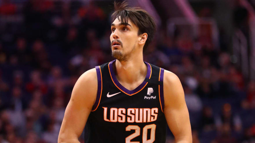 suns-dario-saric-spurs-jakob-poeltl-among-players